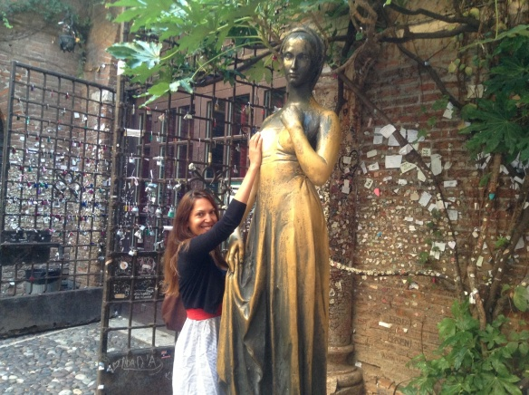rubbing juliet's bosom for luck, as you do