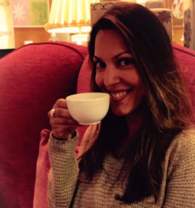 Enjoying high tea, London-style. I forgot to stick my pinkie finger out!