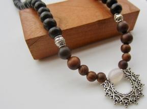 priestess necklace