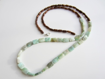 aquamarine & wood long necklace